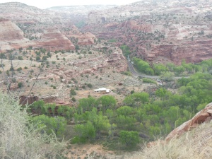 Driving in Grand Staircase-Escalante National Monument