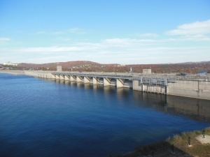 Table Rock Lake Dam upstream side