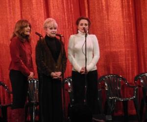 Lennon Sisters at veterans memorial ceremony
