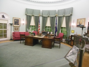 Oval Office replica at Truman Library