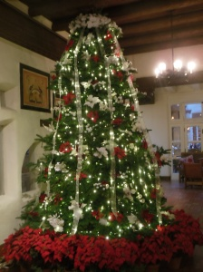 Christmas tree at La Fonda hotel