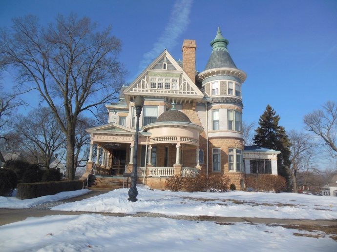 A Grand Ave house in Keokuk IA