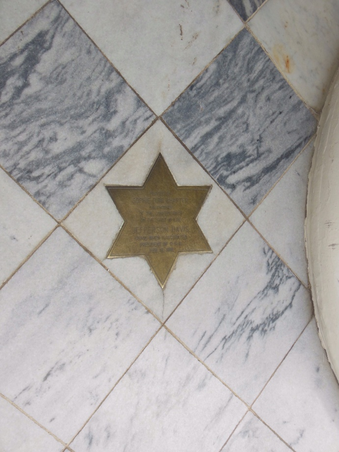 The star marks where Jefferson Davis and George Wallace stood