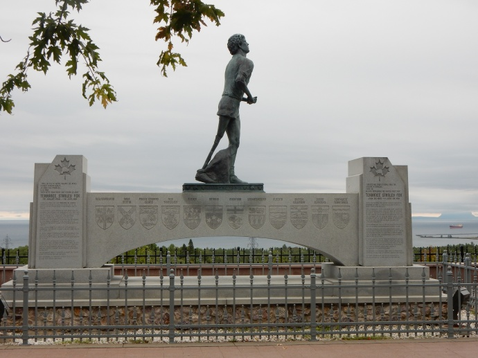 Terry Fox statue in Thunder Bay