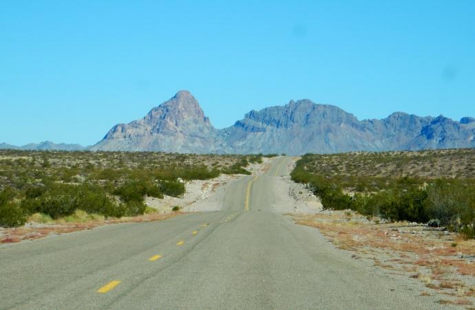 Route 66 before Oatman