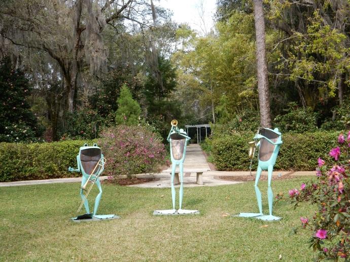 One of the frog sculptues, Leu Gardens
