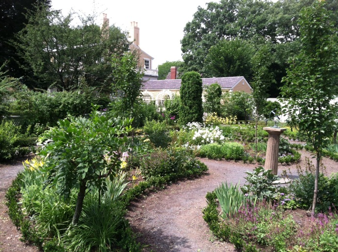 The gardens at Longfellow House