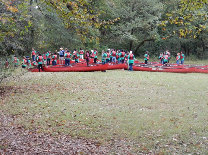 Some of the kids getting ready to canoe on the Chattahoochee River