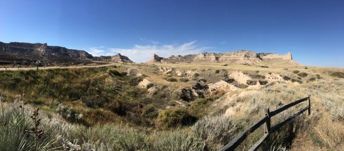 Scotts Bluff on right, Mitchell pass at center