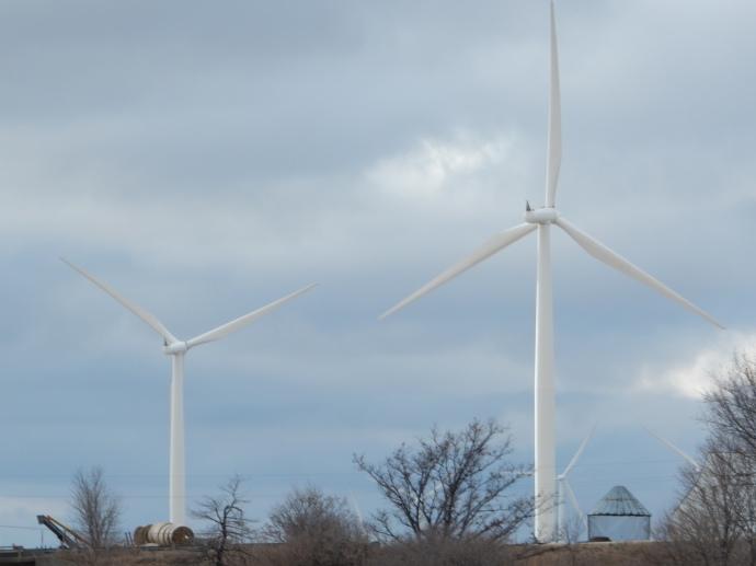 Wind Turbines along I-80 in Iowa